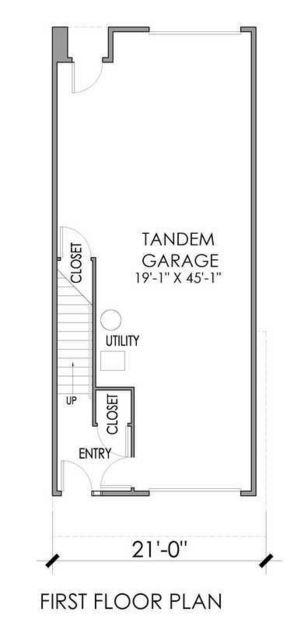 Plano de casa de tres plantas