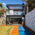 Casa angosta de 2 pisos