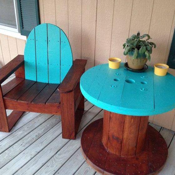 mesas-recicladas-originales-para-jardin