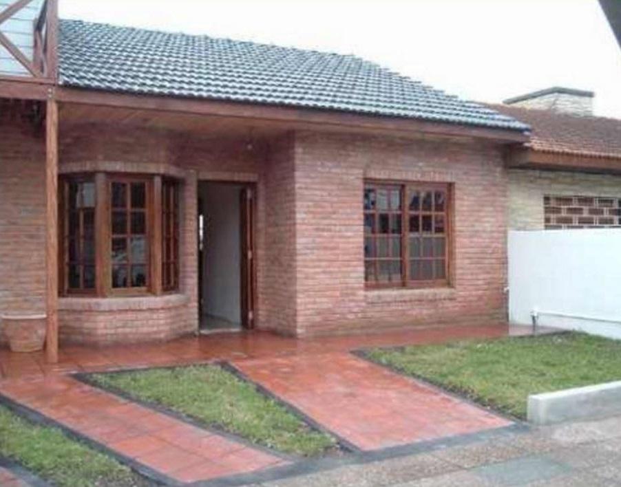 Casas de ladrillos casa de ladrillo dinamica with casas de ladrillos diseo de casa de dos - Casa de ladrillos ...
