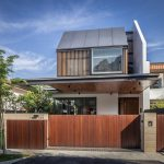 Casa con jardín central