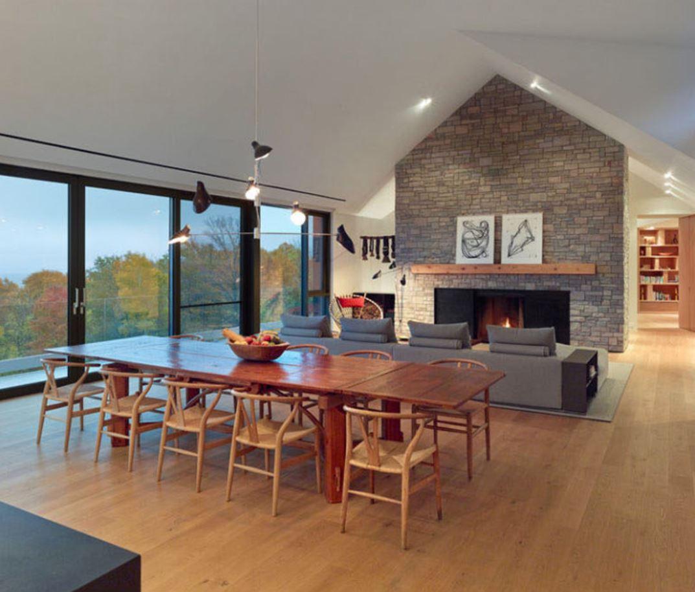 Casa en desnivel de dos plantas y techo de chapa for Modelos de techos de chapa