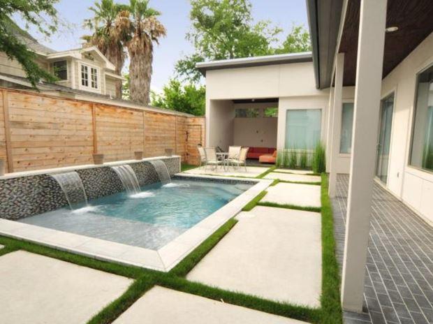 Plano de casa en u for Planos de casas con piscina y jardin