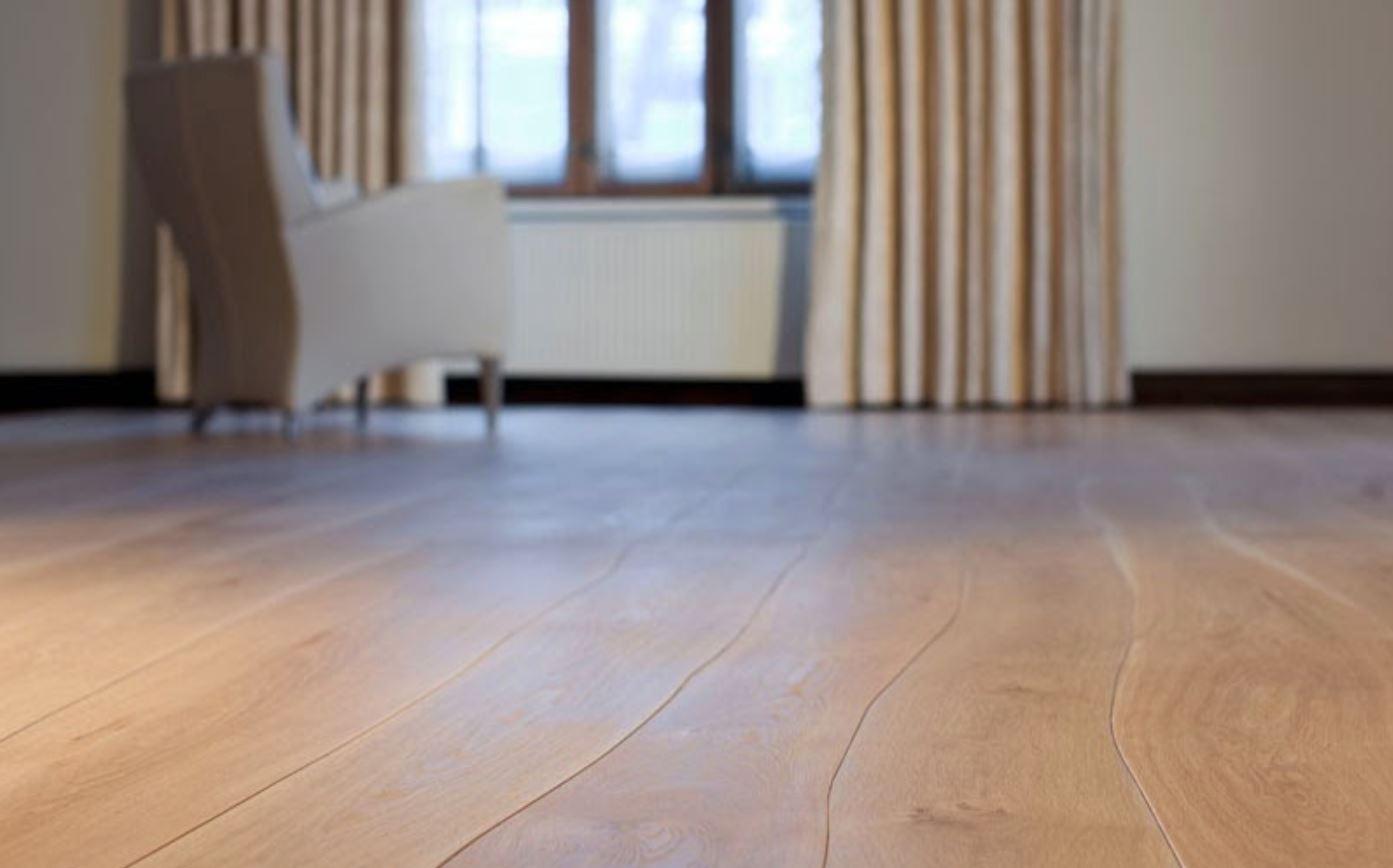 Arreglar parquet tarima maciza castao con gran veladura - Reparar piso de parquet ...