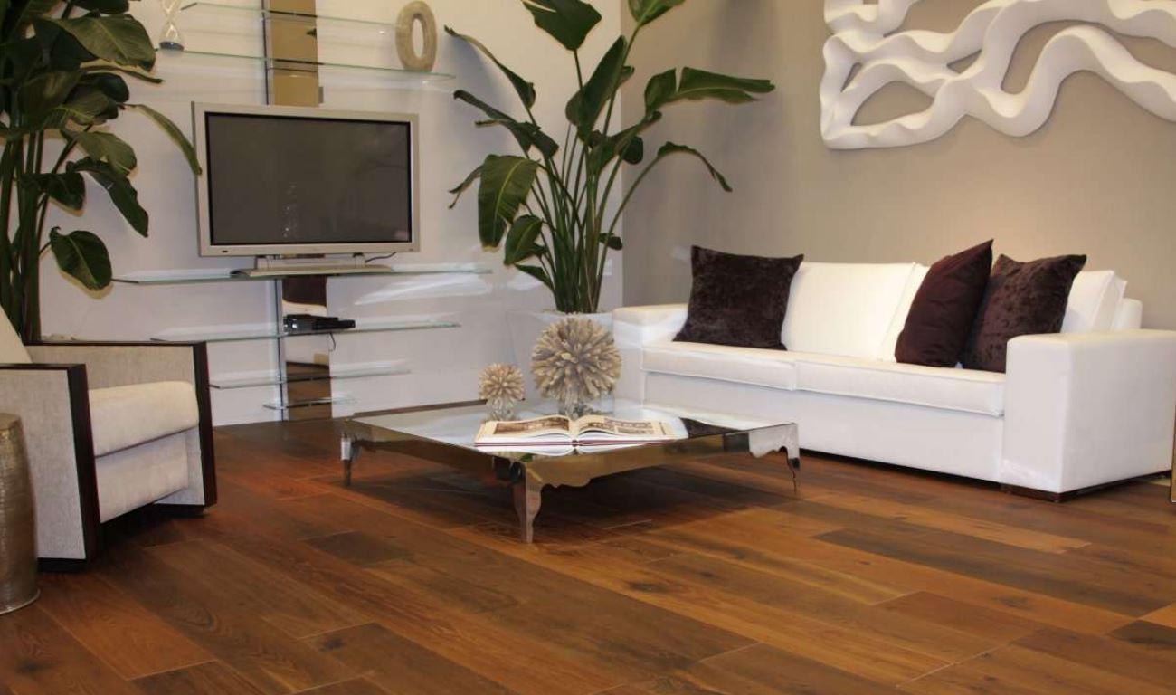 Colores para salas con pisos de madera - Combinar colores en paredes ...